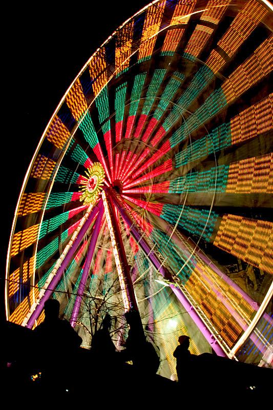 IMAGE: http://www.capnfishy.co.uk/images/My%20views/Scotland/Princes-St-Ferris-Wheel.jpg